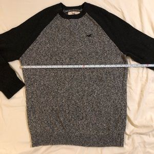Hollister cotton sweater size large